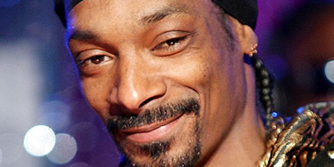 Snoop Dogg Endorses Hillary Clinton Simply Because She's a Woman