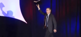 "Pastor Calls For ""Executions Of Gays"" Then Indroduces Ted Cruz…"